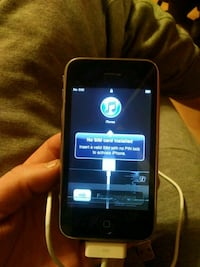 black iPhone / silver itouch Cullman