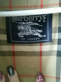 Burberry trench size 10 petite