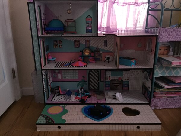 Used Lol Doll House For Sale In Shelton Letgo