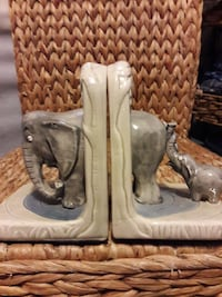 STUNNING FAMILY LOVE BOOKENDS