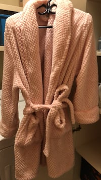 Light pink plush housecoat  Canmore, T1W 3L3