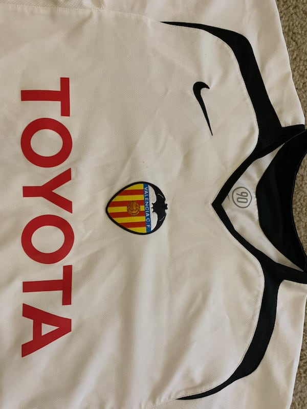 Valencia CF - Large Jersey 39a998f6-ee18-4360-980c-9d5ad5bf8c8c