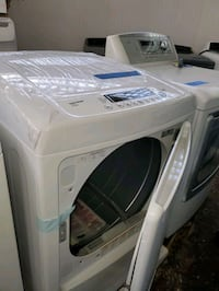 LG electric dryer NEW scratch and dent