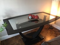Stunning Dining Glass Table