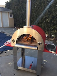 Wood burning Pizza Oven-New in Box