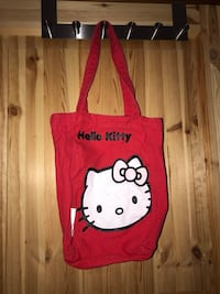 RED HELLO KITTY BAG Tullinge, 146 30