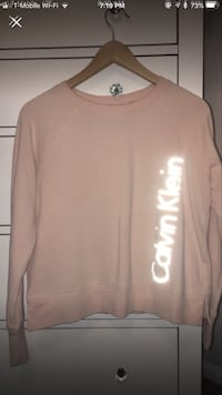 Pink Calvin Klein sweater  Imperial, 92251