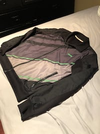 MEN PUMA MEDIUM JACKET GOOD CONDITION VANCOUVER