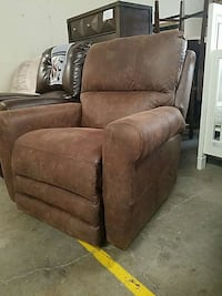 brown leather recliner Austin, 78713