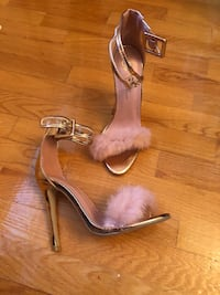 Heels Pink shoes 8.5 Montreal, H3W 2V9