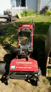 "2 different 33"" Mower's both run and cut good  Bristol, 06010"