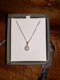 Michael Hill Pearl Necklace with white gold chain Barrie, L4N 0E3