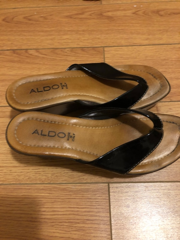 Pair of brown Aldo size7 0ad7be9a-e7ed-4294-aa8a-70ff33af064d
