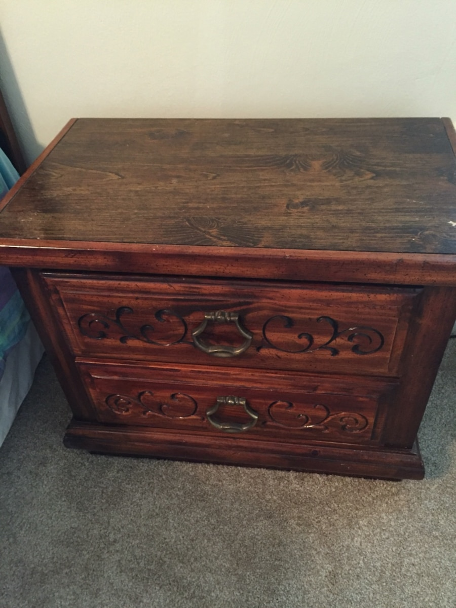 used queen bedroom set headboard nightstand dresser and