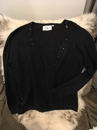 Festive black open front sweater Size Small New York, 11234