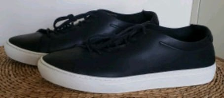 Lacoste L.12.12. Unlined Leather Trainers  size 12