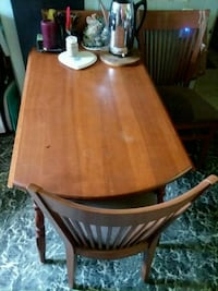 brown wooden table with chairs Mansfield, 44904