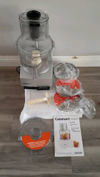 Cuisinart Pro 11 Cup Food Processor (Price is Firm)