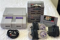 Super Nintendo With 2 Controllers and 9 Games like Donkey Kong Mario and Mortal Kombat! Brampton, L6Y
