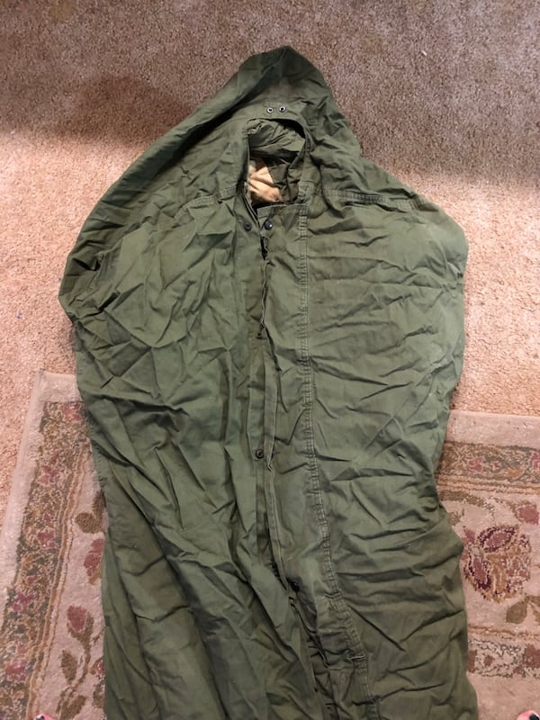 Vintage Army Sleeping Bag a1494951-a516-4bef-b529-39f0e796ecf0