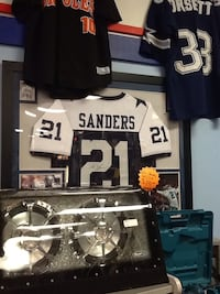 Deion sanders autographed jersey with COA Hagerstown, 21740