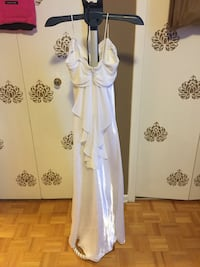 Wedding gown Toronto, M1T 3T8
