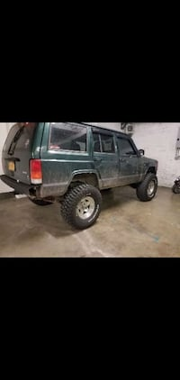 2000 Jeep Cherokee LIMITED 4WD Staten Island