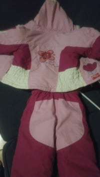 Toddler Girl 18-24 months  Snowsuit.   Oshawa