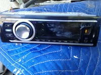 Blue tooth , USB , Aux ,  Halve Stereo , no CD  San Bernardino, 92410