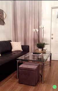 Couch, matching coffee and end table Pompano Beach, 33062