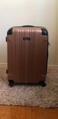 Reaction Kenneth Cole Suitcase Oxon Hill, 20745