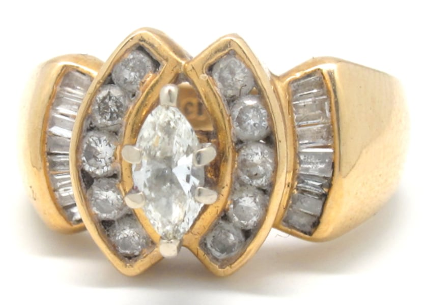 14K 1CT Diamond Ring 1c0b9af4-fbb5-4078-bbe6-3adbdec5a060