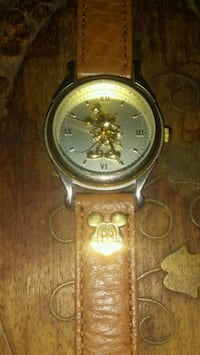 Mickey Mouse gold watch Surrey, V3T 4B3