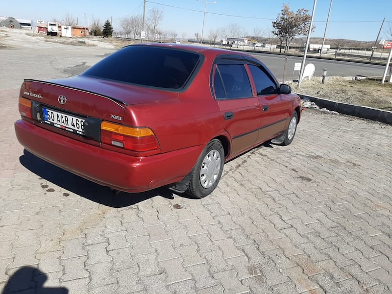 1.3 1993 Toyota Corolla f5168949-a1c5-4a46-be65-0bba30a9ef23