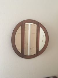 round brown wooden framed mirror Bellevue, 98005