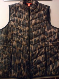 black and brown bubble vest Surrey, V3V