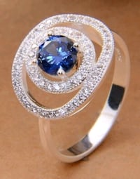 Size 9 sapphire stone ring Hedgesville