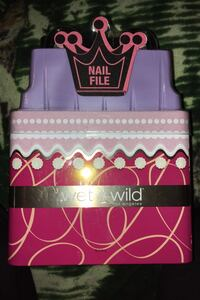 Wet n Wild Nail Polish Kit
