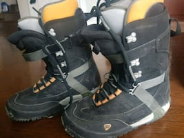 Rossignol snowboard boots size 9