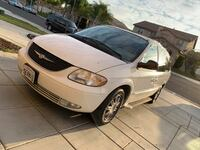 Chrysler - Town and Country - 2003 Perris, 92571