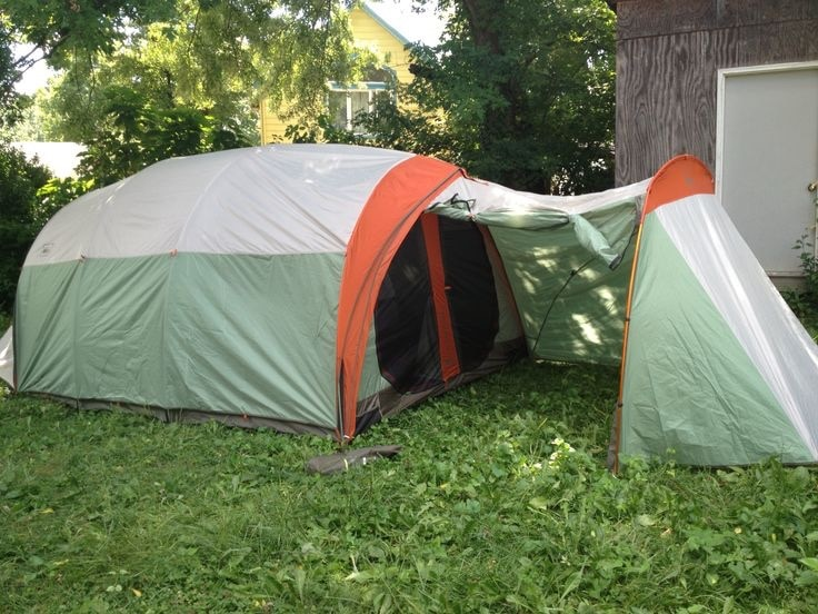 Used REI Kingdom 8 outdoor tent with garage for sale in Vallejo & Used REI Kingdom 8 outdoor tent with garage for sale in Vallejo - letgo