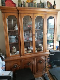 Solid Wood China Hutch/Buffet