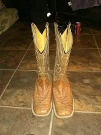 pair of brown leather cowboy boots Jackson, 39212