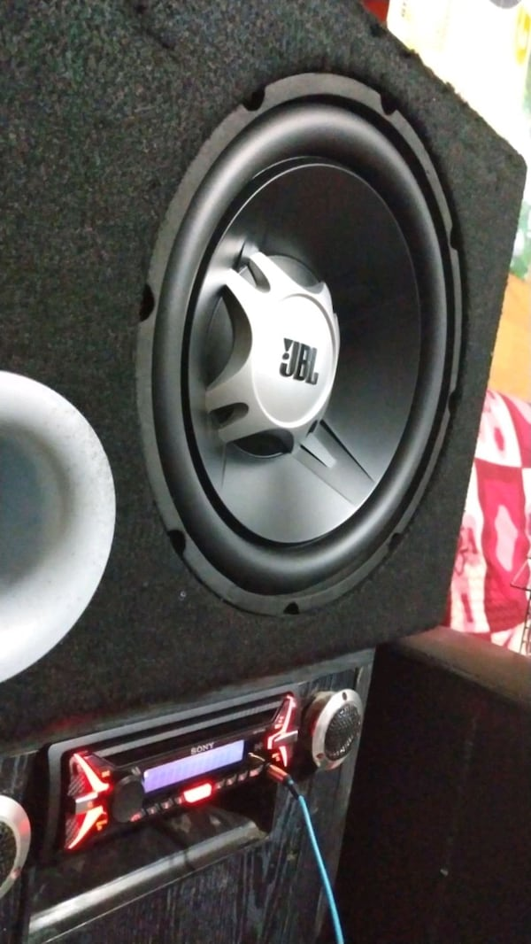 Jbl gt5 12 1100 watt subwoofer bass 3
