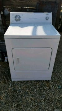 white front-load clothes washer Taft, 93268