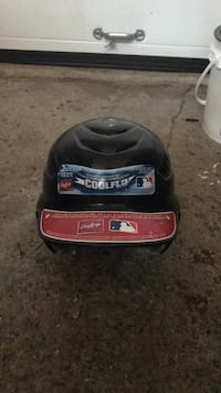 Rawling baseball batting helmet negotiable