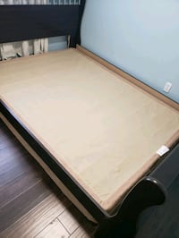 Queen Size Box Spring 546 km