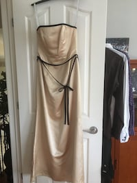 Evening gown. Excellent condition.