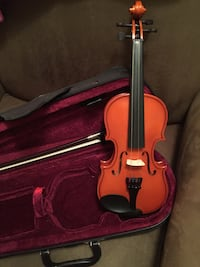 Childs 1/8 size Brown and black violin Springfield, 22152