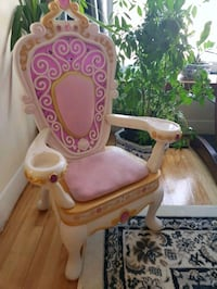 Girl's white and pink plastic vanity chair